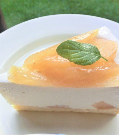 りんごのレアチーズケーキ